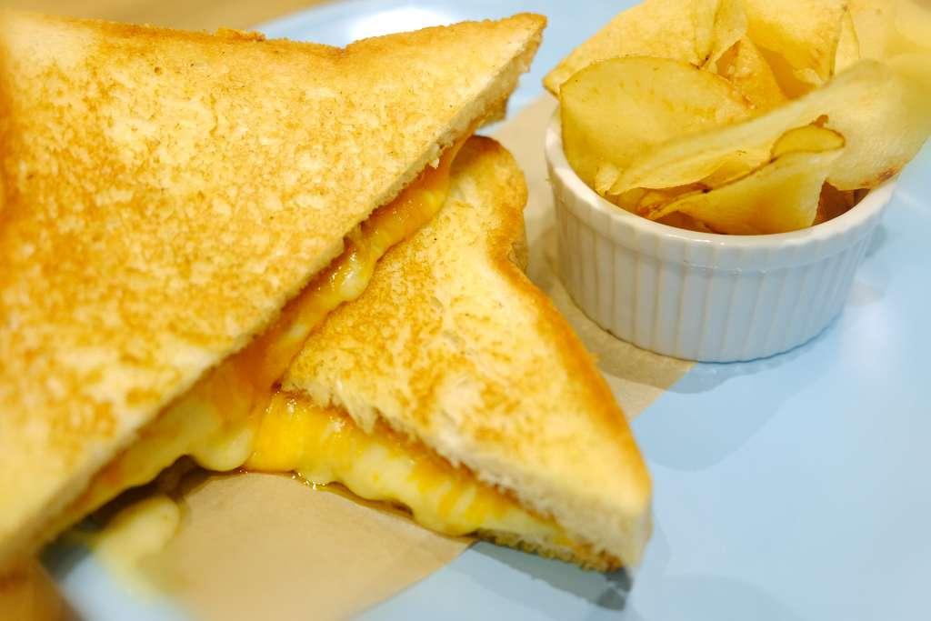 Gooey Cheese Melt