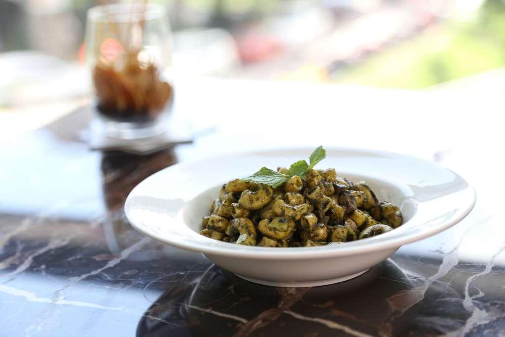 Mushroom and Basil Quinoa