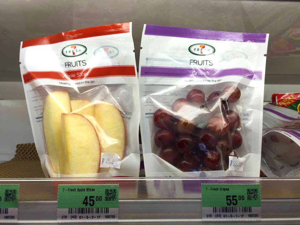 711-fresh-apple-slices-for-p45-and-grapes-for-p55