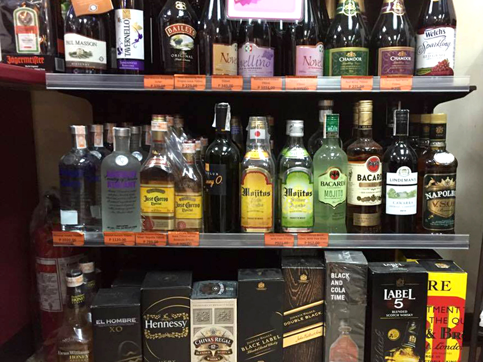 bottles-of-spirits-available-in-711