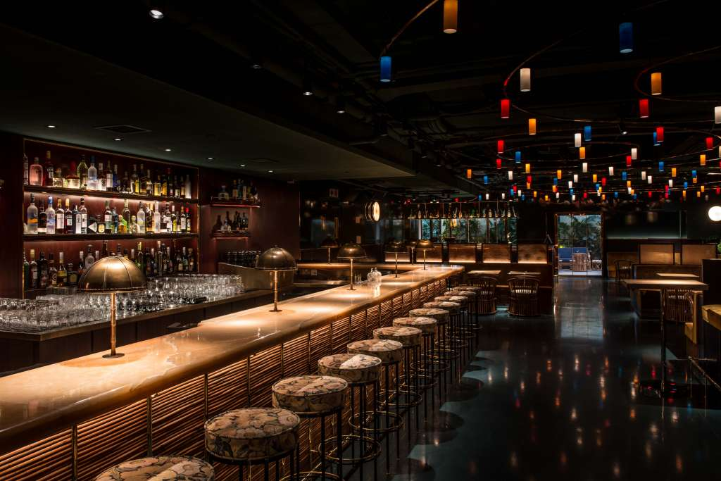 11 Best Bars In Hong Kong – DrinkManila